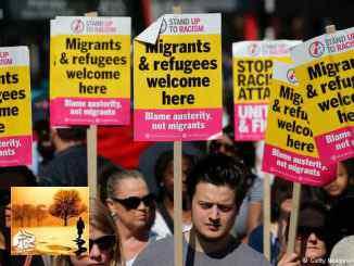 الصورة من الأرشيف لمظاهرة مناهضة للعنصرية في لندن.