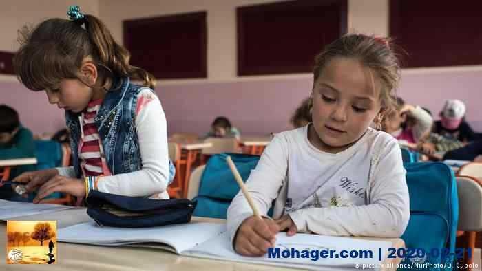 تعليم الأطفال السوريين اللاجئين بتركيا.. واقع أليم وحلول طارئة