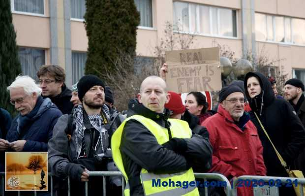 """زعماء اليمين المتطرف الأوروبي في اجتماعٍ لمكافحة """"الهجرة الجماعية"""""""