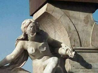 مُختل جزائري يشوّه تمثال لإمرأة عارية عمره 118 سنة | مهاجر