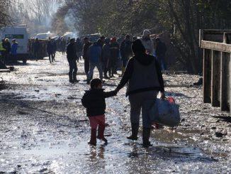 اعتراض مهاجرين عراقيين حاولوا عبور القنال الإنجليزي بقوارب | مهاجر