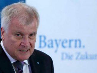 لاجئ أم سائح... ألمانيا تهدد بترحيل السوريين | مهاجر