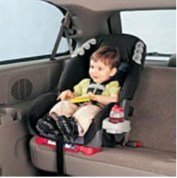 ما هي قوانين مقاعد الأطفال في المركبات في كندا ؟ | مهاجر