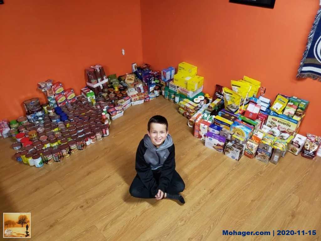 طفل يجمع تبرّعات لبنك الطعام تفوق التوقعات | مهاجر
