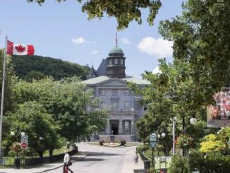 جامعات كندا ترفض فرض لقاح كورونا كشرط لدخول الطلاب إلى الحرم الجامعي | مهاجر
